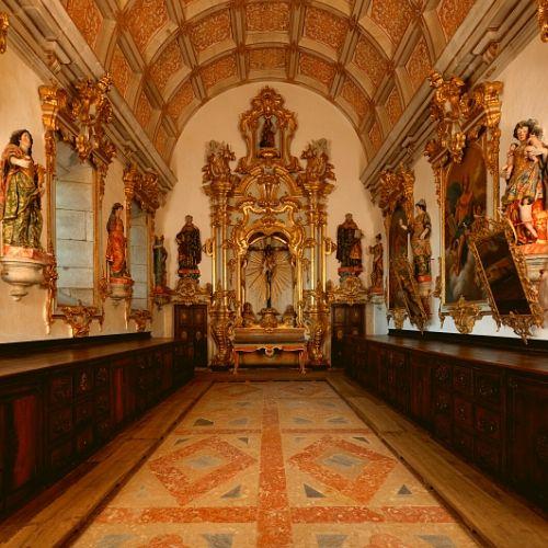 Vista geral da sacristia do Mosteiro de São Martinho de Tibães, Braga.